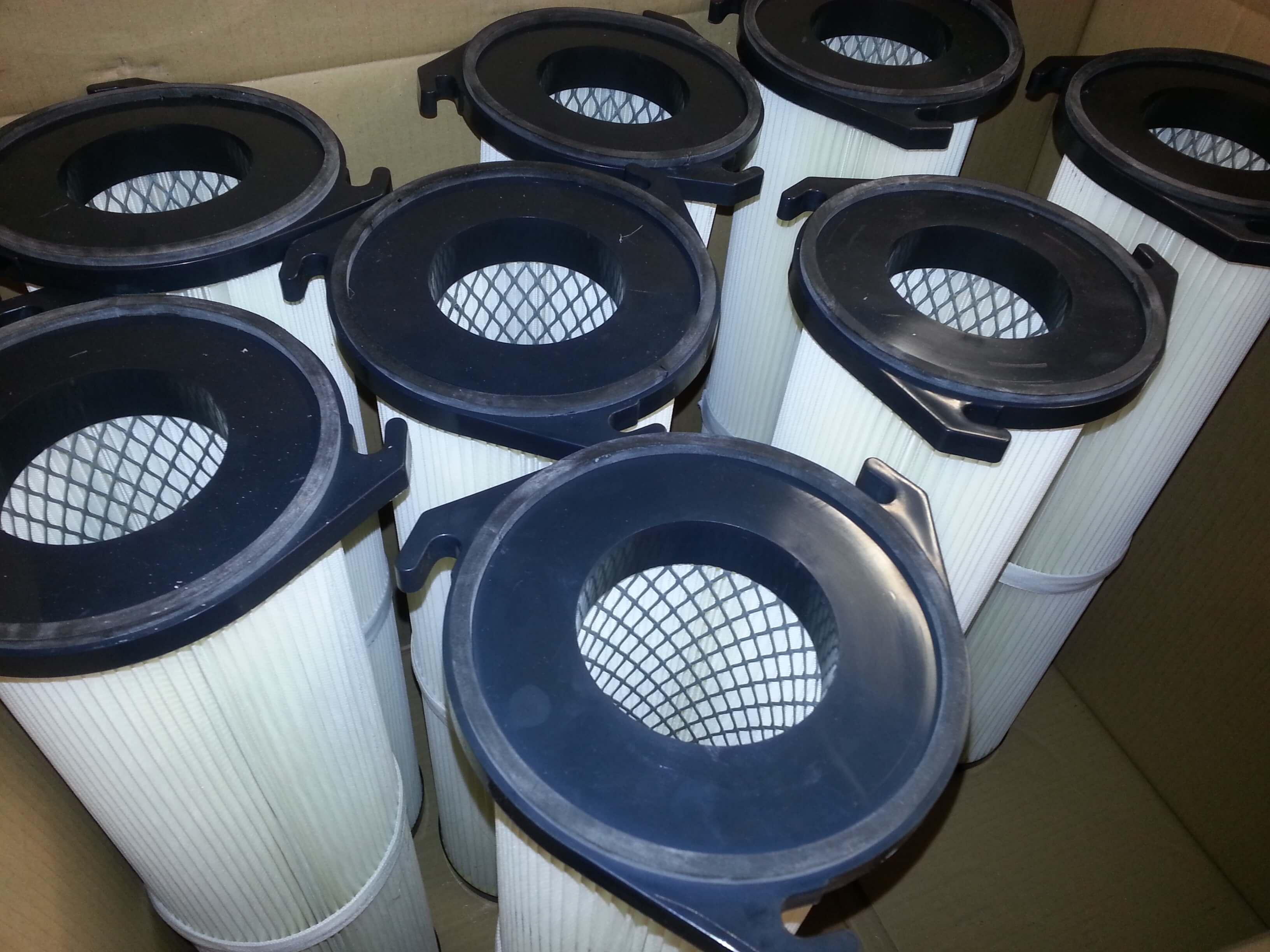 Stock de lot de cartouches à baïonnette en cellulose avec métal déployé.