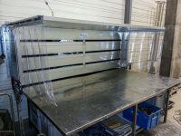 Dosseret ou capot à fente en acier galvanisé pour aspiration solvant et rejet extérieur avec ventilateur hélicoïde.