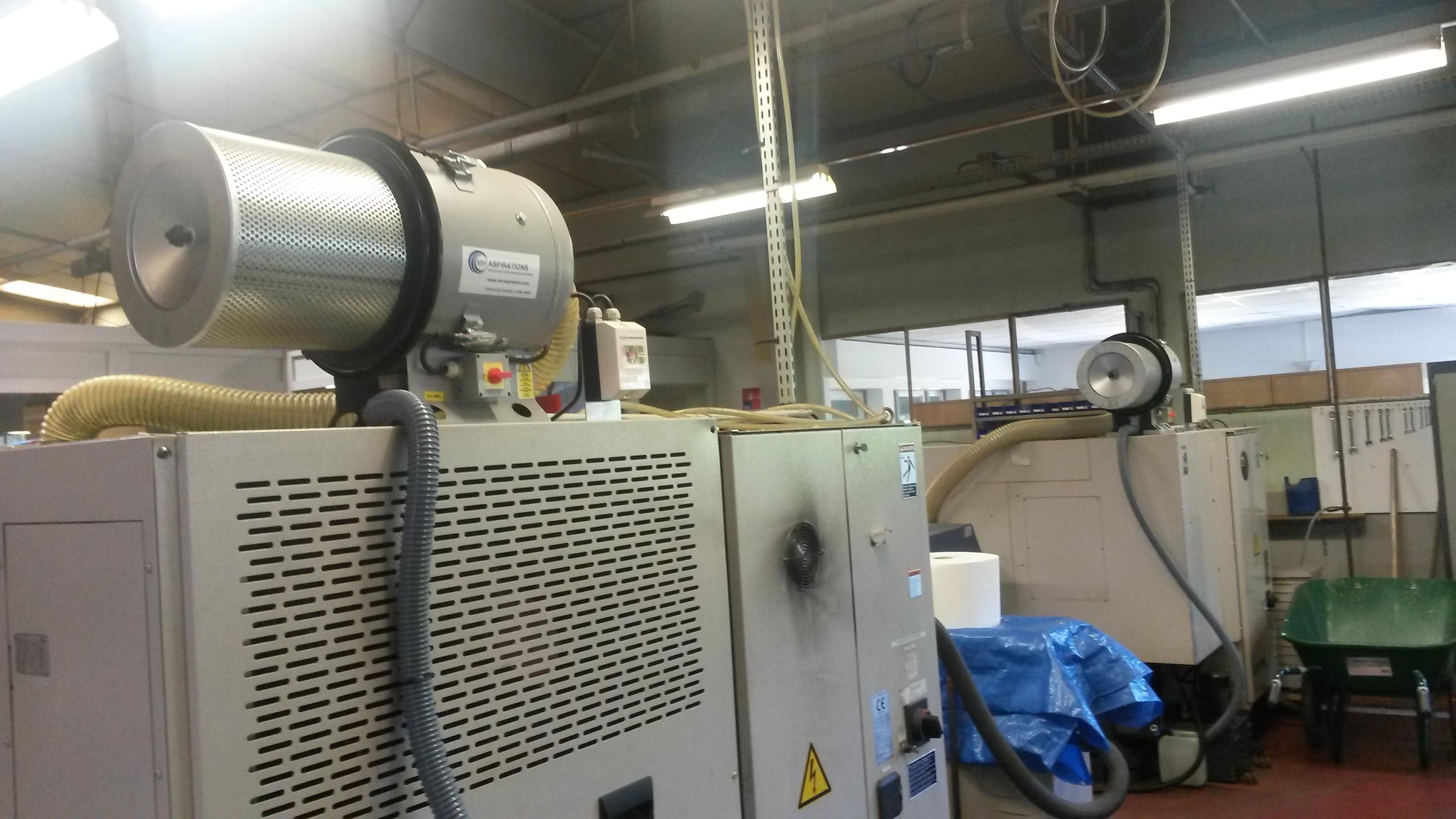 Épurateur brouillard d'huile avec cartouche sécurité en rejet