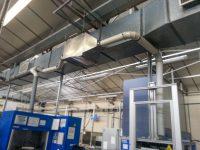 Caisson en acier inoxydable pour filtration vapeur kérosène et récupération en partie basse.